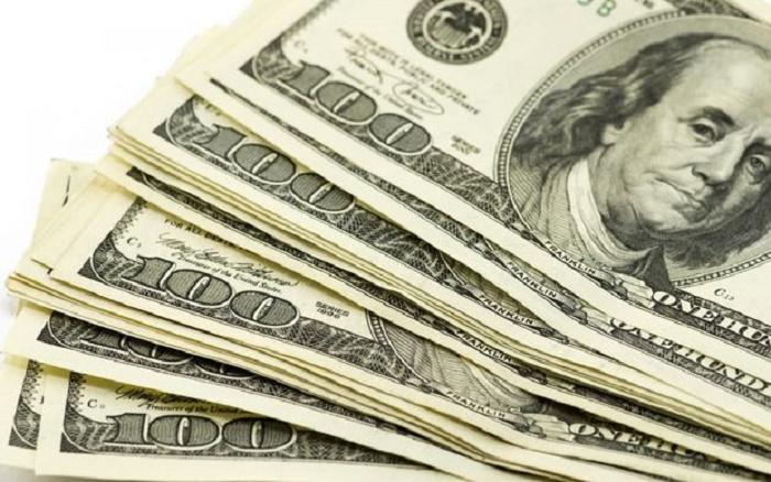 1438662185_kurs-dollara-na-segodnya-v-ponedelnik-na-birzhe-dollar-priblizilsya-k-ot2.jpg
