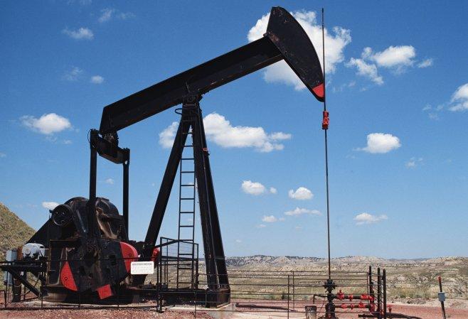 1452143260_kachalka-neft-oil.jpg
