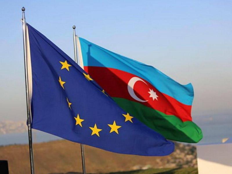 2018/09/azerbaycan_avropa_ittfaqi_bayraq_088_1537611563.jpg