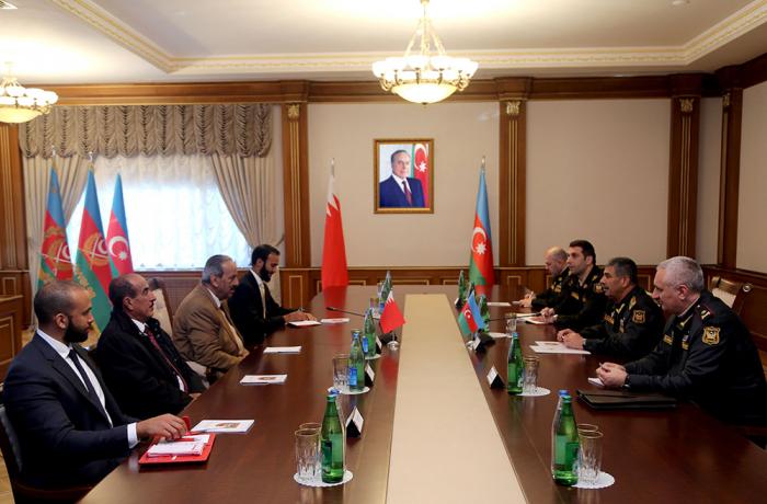 Zakir Həsənov Bəhreynin baş komandanı ilə görüşdü