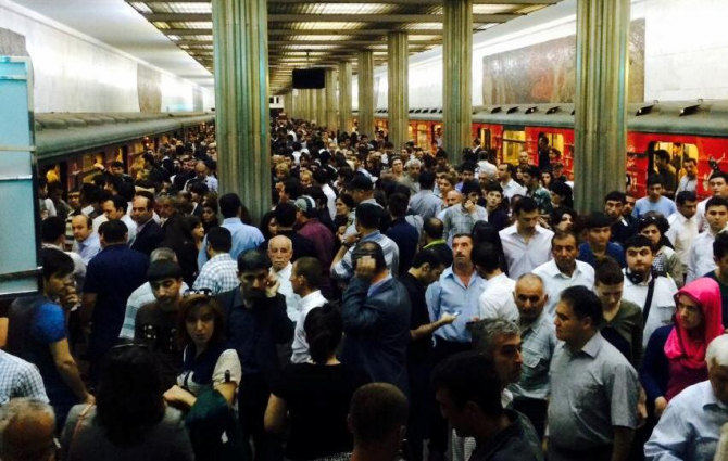 Bakı metrosunda ölən sərnişinin kimliyi bilindi - YENİLƏNİB