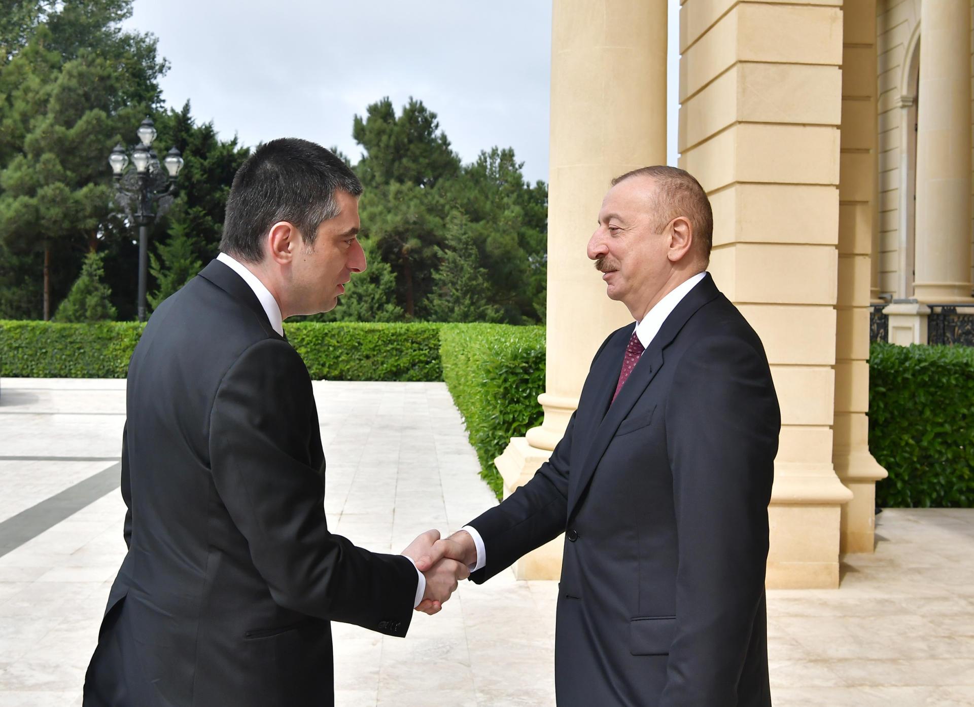 2019/10/prezident_gurcustan_qebul_091019_01_1570612281.jpg