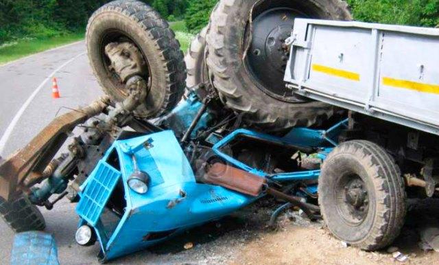 Traktor_crash.jpg