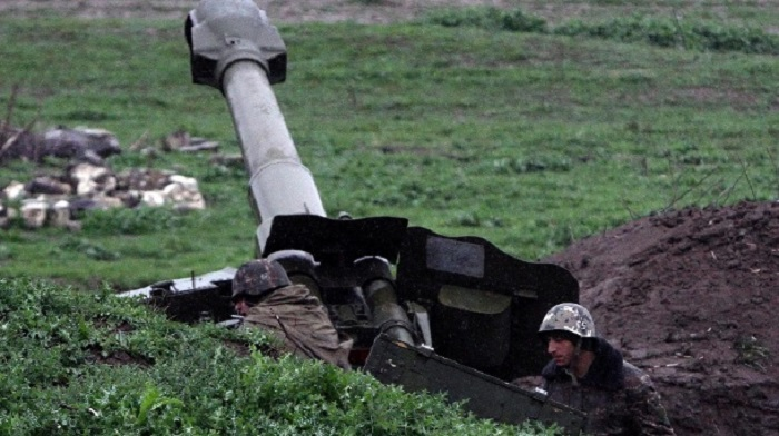 armenische-artillerie-in-berg-karabach-.jpg