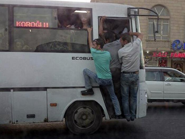 avtobus%20esas8.jpg
