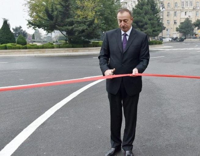 Prezident yeni yolun açılışında